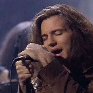 Black (Live) - MTV Unplugged - Pearl Jam